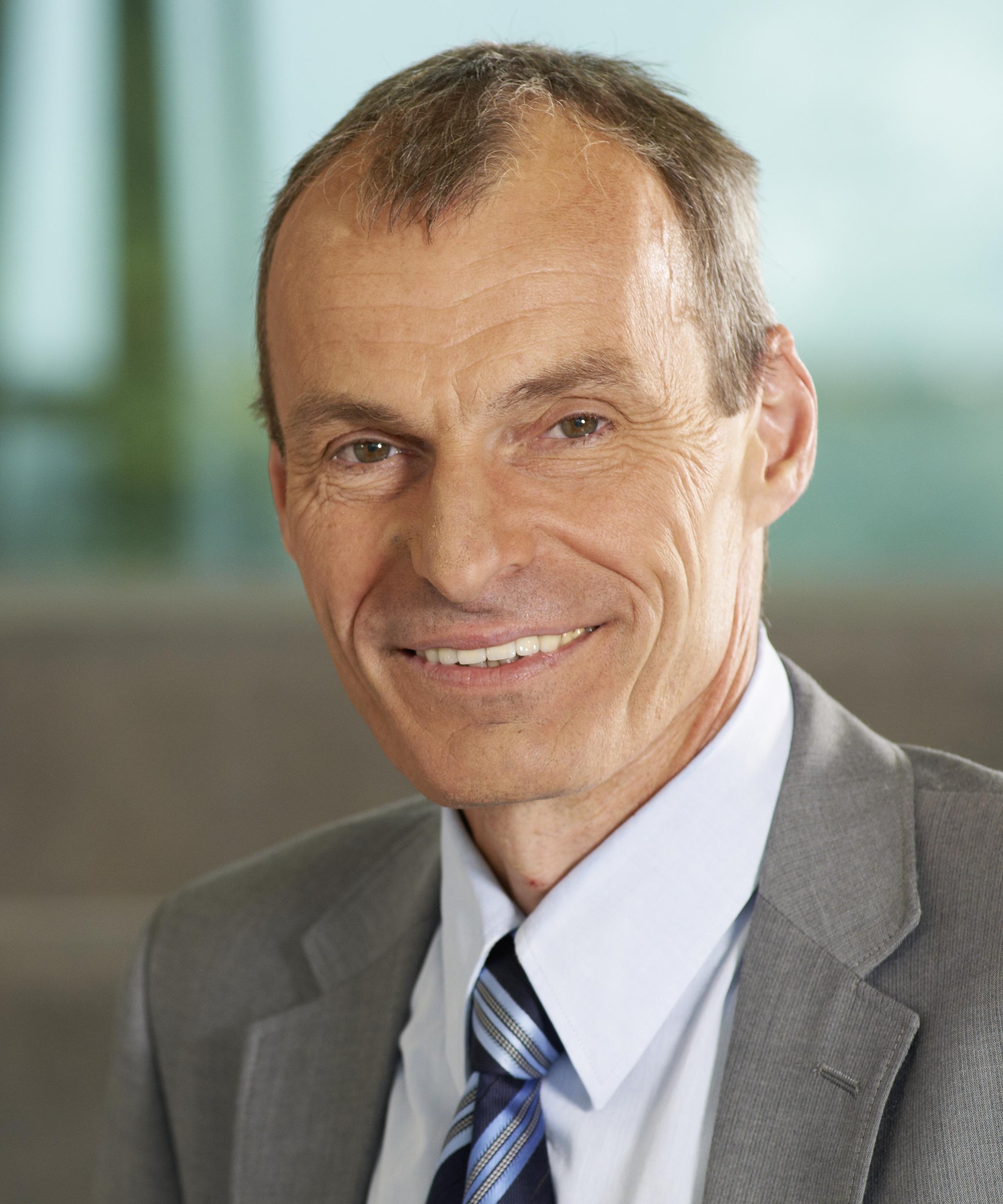 TKB: Dr. Arnold für zwei weitere Jahre zum Vorsitzenden gewählt