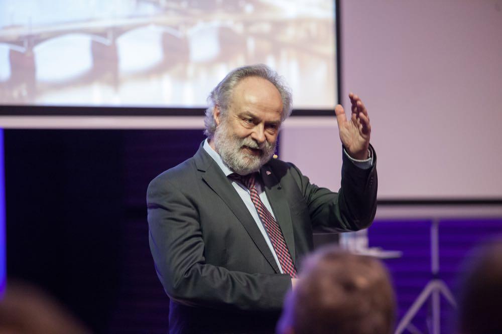Prof. Michael Günther: Drei Jahrzehnte bei Uponor
