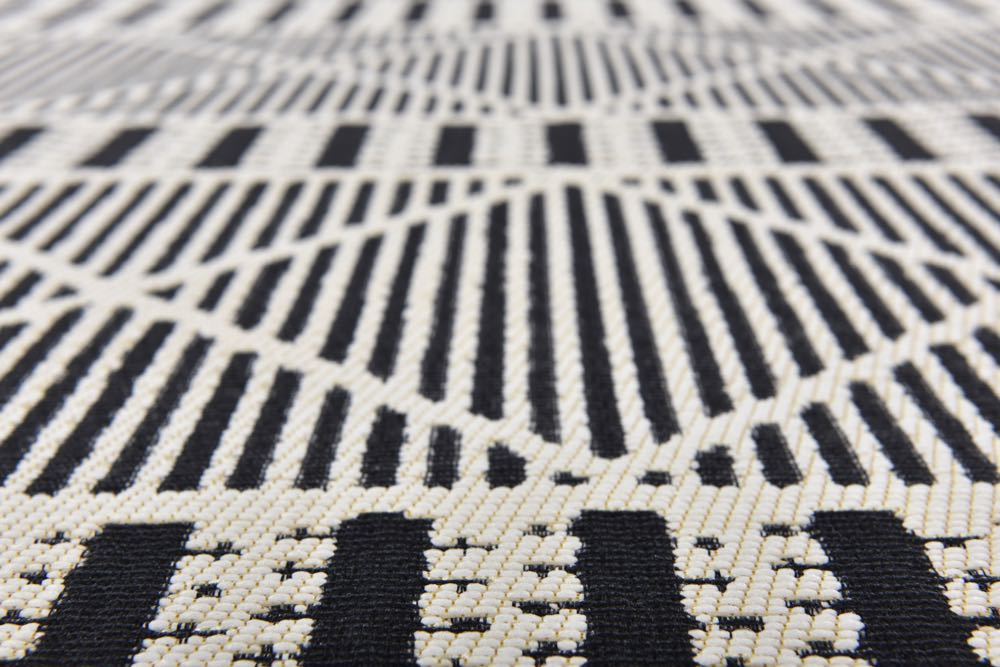 Tom Tailor/Theo Keller: Funky outdoor rugs, geometric and oriental