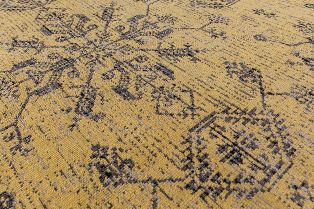 Reinkemeier-Rietberg: Subtle flatweaves and upbeat velour carpets for outdoors