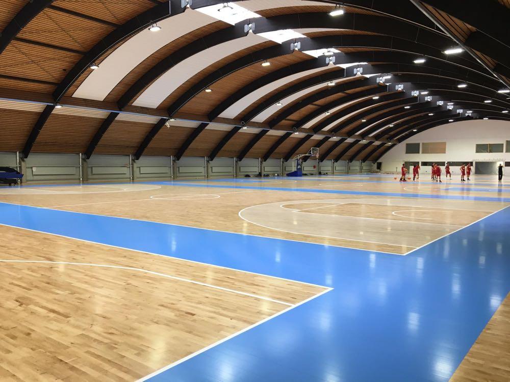 Junckers und FIBA geben langfristige Partnerschaft bekannt