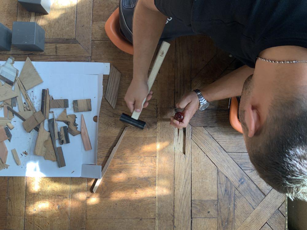 Workcamp Parquet restauriert Schloss-Saal in Belgien