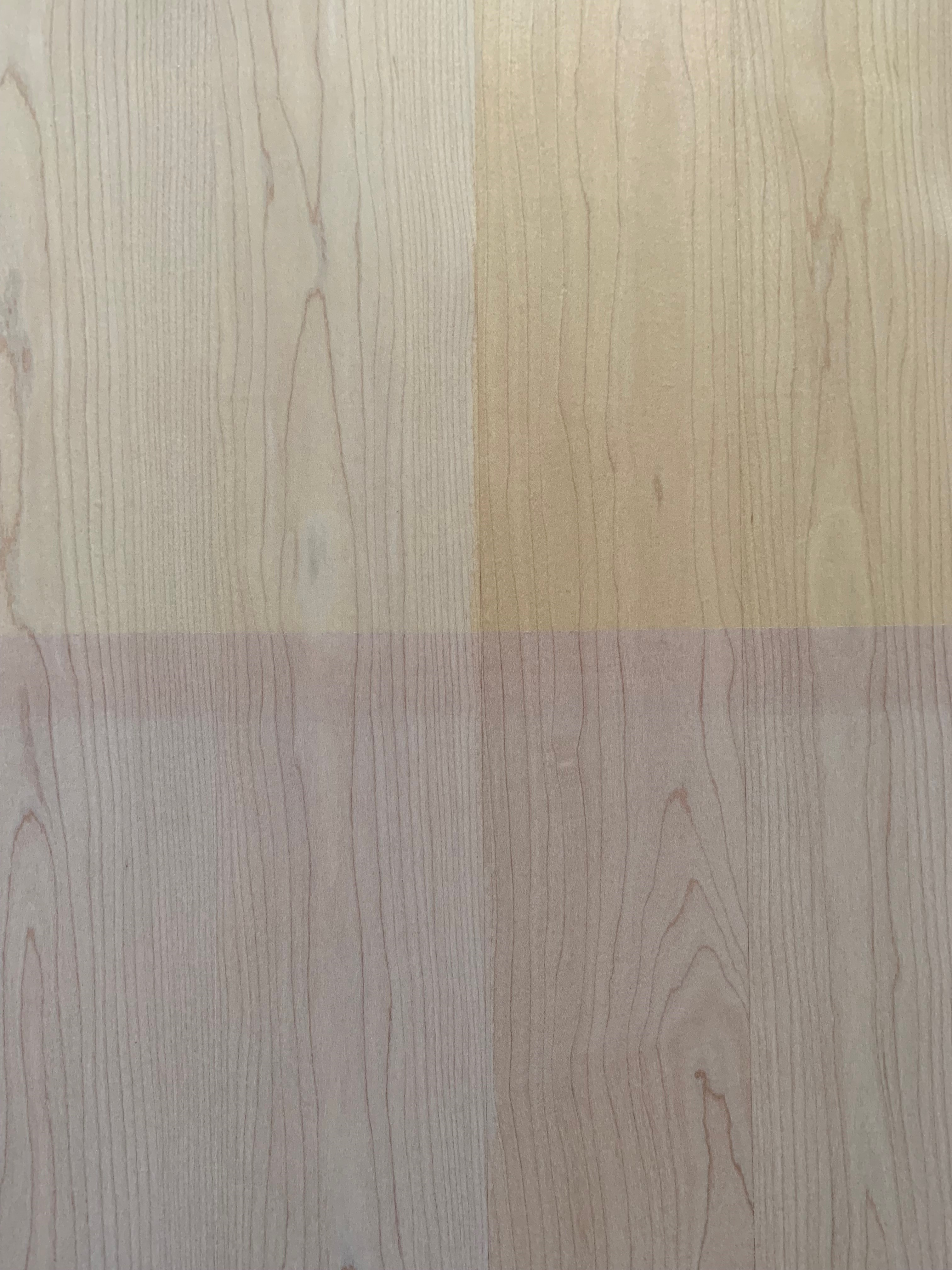 Lichtechtheit von Parkett: Holz reagiert oft stärker, als Lacke dies verhindern können